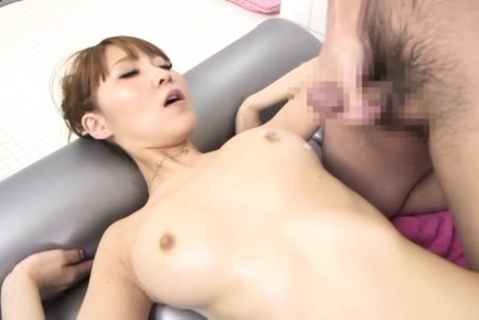 Frisky Japanese milf Rei Aimi arranges hot threesome sex with foaming